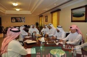 امين الاحساء في تفقده لمشاريع الجفر إعادة دراسة عقود النظافة للبلديات الفرعية