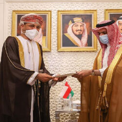 وزير الدفاع اليمني: ماضون في طريق الإجهاز على المشروع الإيراني ومليشياته