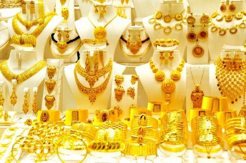 تراجع أسعار الذهب في السعودية.. وعيار 21 عند 187.57 ريال