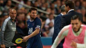 بوكيتينو يوضح سبب استبدال ميسي وحديثه معه في مباراة باريس سان جيرمان ضد ليون