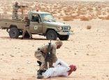 السعودية: ضبط (8) متسللين قادمين من الاردن و مجموعة كبيرة من الأسلحة